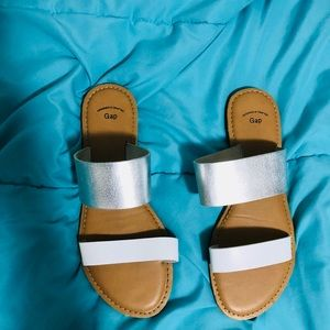 Gap white and silver strap sandals